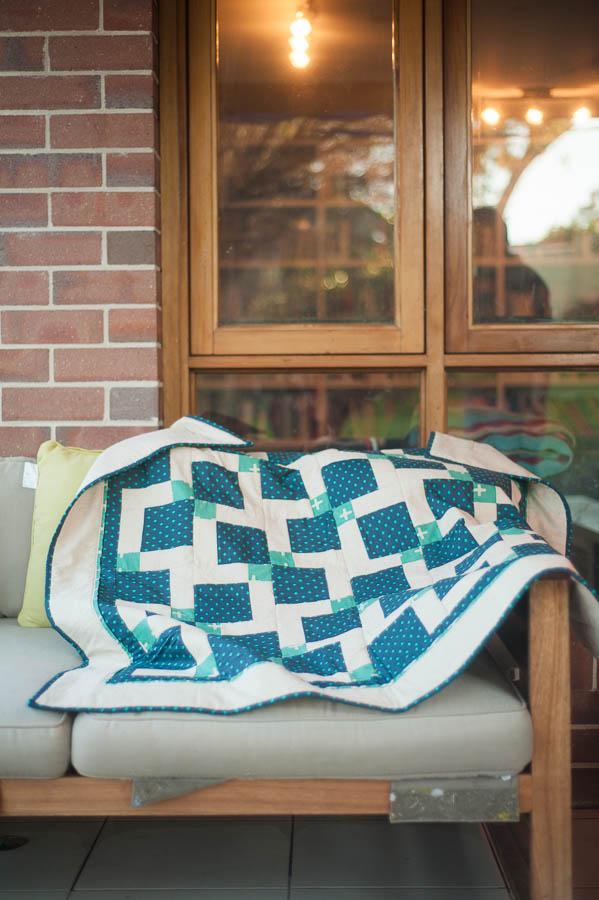 disappearing nine patch quilt-2885-001